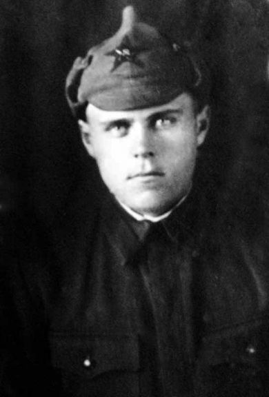 Олейник Максим Сидорович