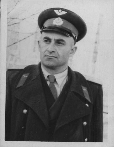 Макеев Иван Асламурзаевич