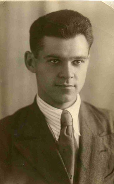 Крымов Азарий Николаевич