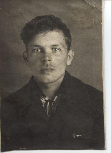 Холмачихин Иван Максимович