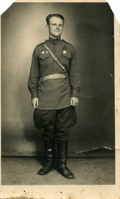 Жариков Борис Кузьмич