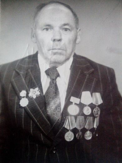 Новохатский  Иван Иванович