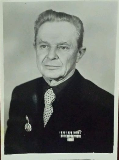 Дмитриев Лев Николаевич