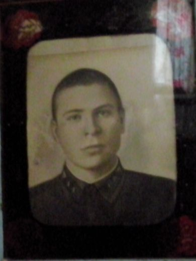 Лукашин Леонид