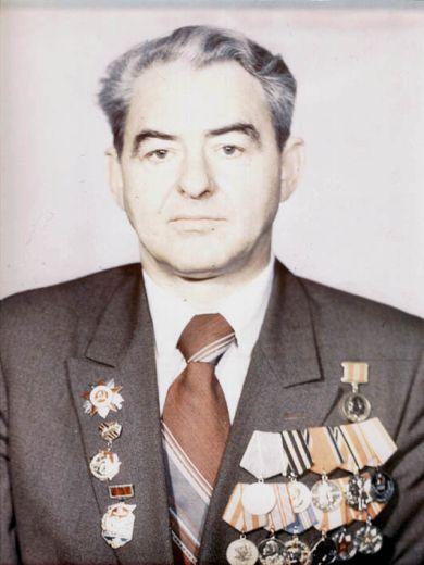 Кузьмин Петр Егорович