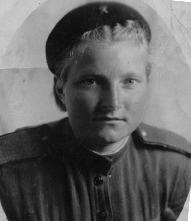 Новикова (Фадеева)  Вера Сергеевна