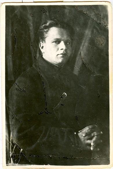 Якимов Виктор Владимирович      1920 г.р.