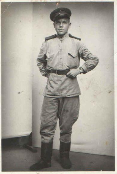 Томилов Михаил Титович