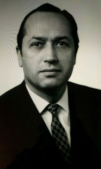 Челюканов Валентин Никитович