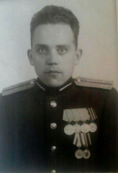 Емельянов Виталий