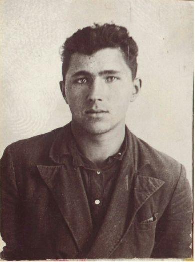 Титов Петр Иванович