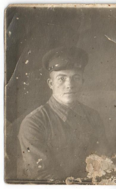 Утешев Дмитрий Иванович