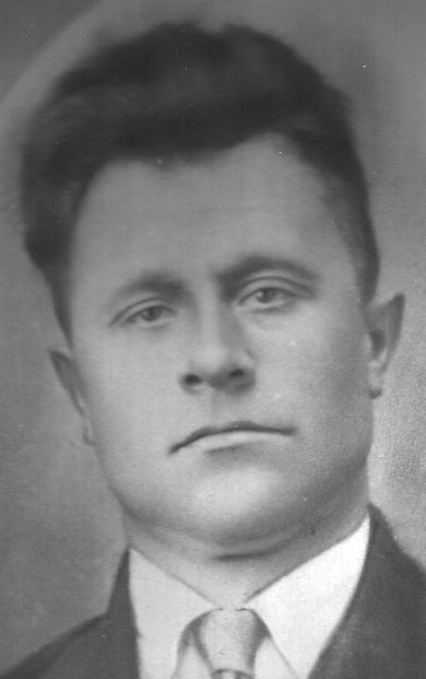 Жаров Петр
