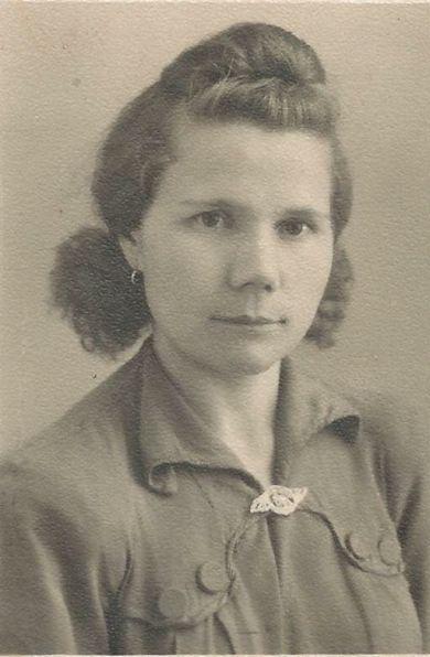 Голешева(Дорогова) Мария Ивановна