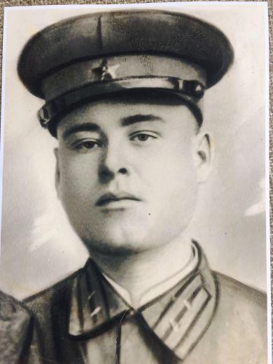 Наумов Иван