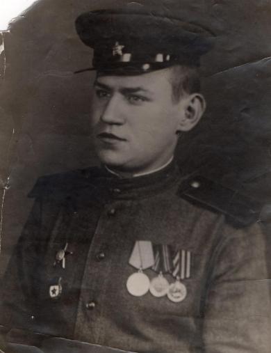 Белов Владимир Дмитриевич