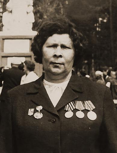 Голубкова (Харитонова) Вера Николаевна