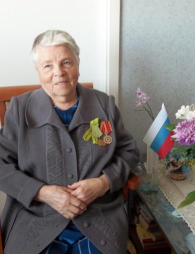 Евстафьева (Николаева) Нина Иосифовна