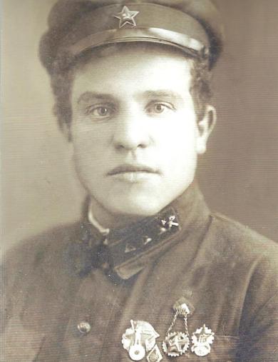 Комаров Кузьма Игнатьевич