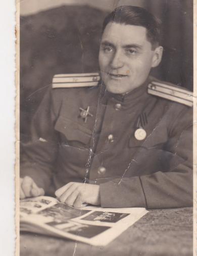 Устинов Леонид Иванович