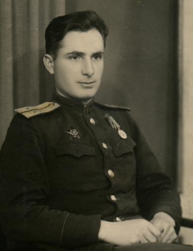 Белоусов Иван Яковлевич