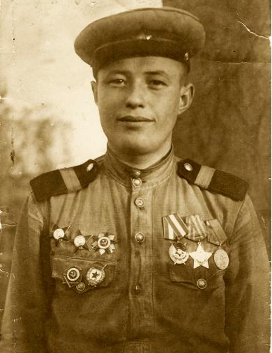 Жданов Егор Матвеевич