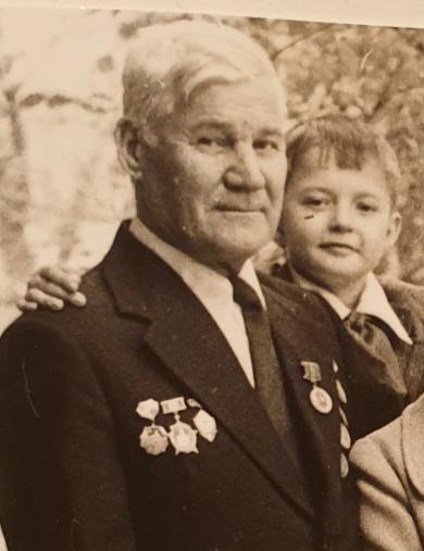 Измаденов Юрий Петрович