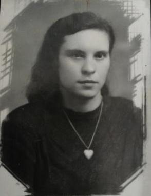 Ярикова (Новикова) Надежда Тимофеевна