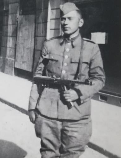Сухомлинов Александр Адамович