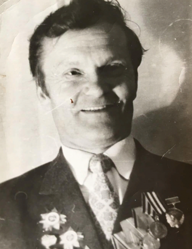 Плужник Борис Филиппович