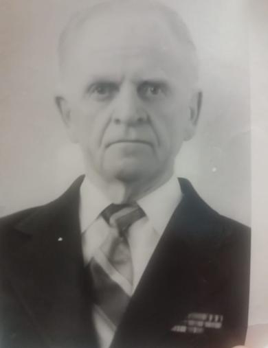 Пузаков Павел Алексеевич