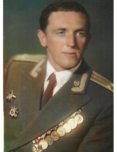 Николаев Валентин Гаврилович