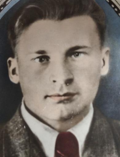 Бухтияров Тихон Андреевич