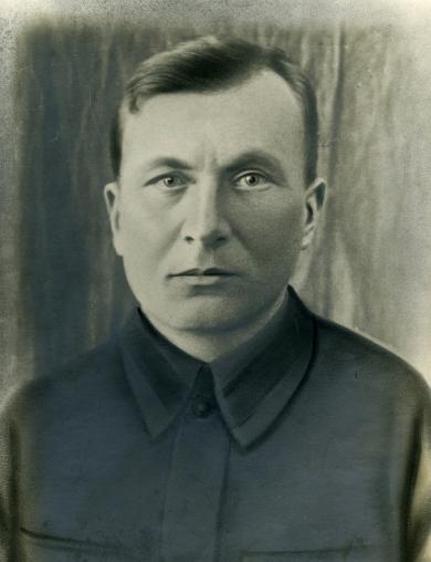 Меркуляев Максим Иванович
