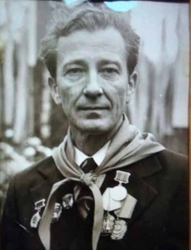 Леонов Елисей Иванович