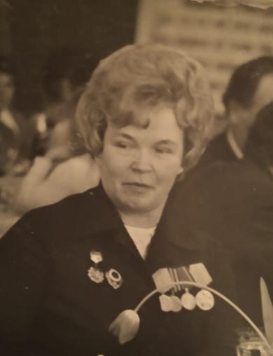 Заслонюк (Холова) Мария Павловна