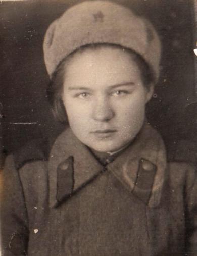 Зайцева (Егорова) Зинаида Алексеевна