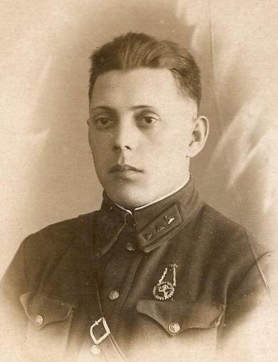 Лахтиков Петр Николаевич