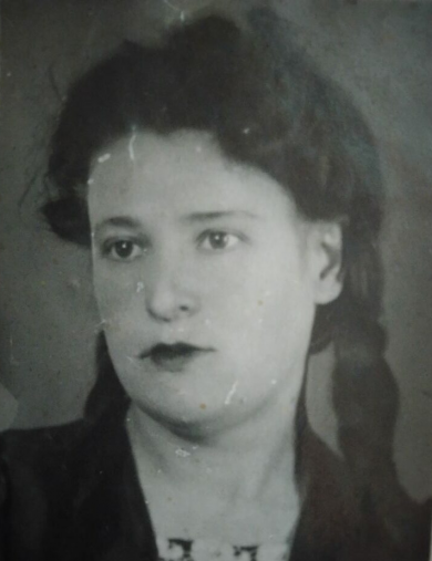 Воронова (Погорелова) Мария Петровна