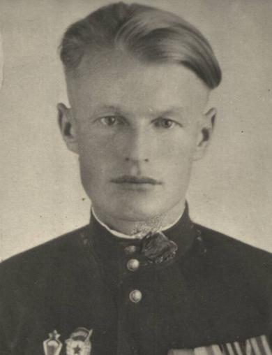 Попов Влас Андреевич