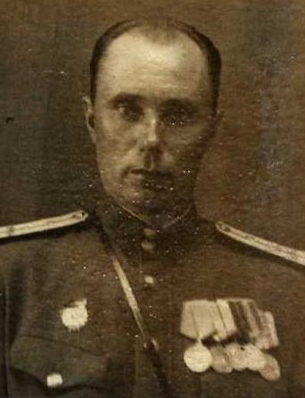 Комаров  Дмитрий Семенович