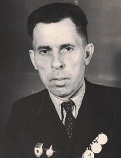 Смутин  Александр Кириллович