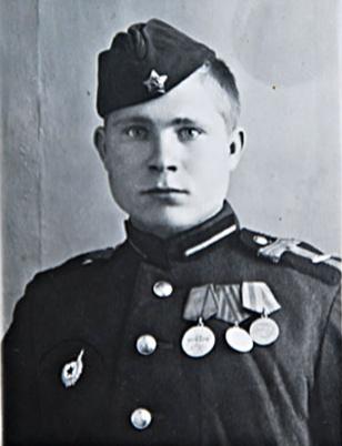 Ушаков Юрий Константинович