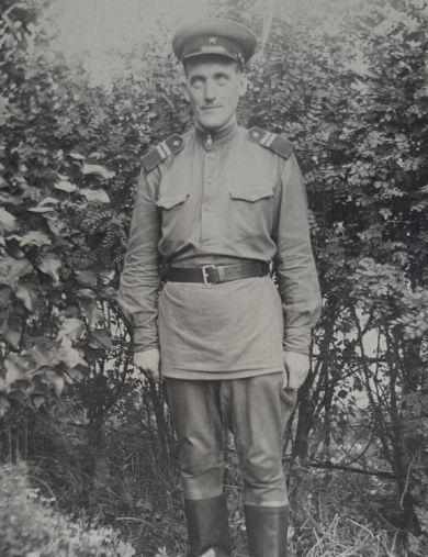 Холмогоров Валентин Николаевич