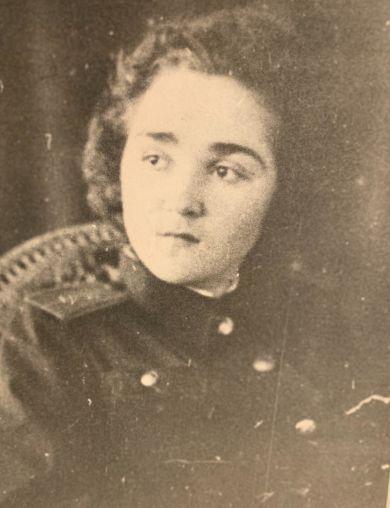 Юрова (Конышева) Александра Ивановна