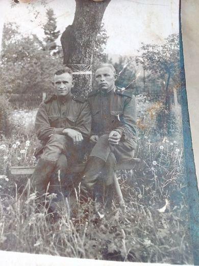 Буланцев А.И (слева), Курочкин П. (справа)