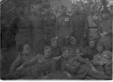 Бойцы 136 гв. арт. полка 68 гв. стр. Проскуровской дивизии