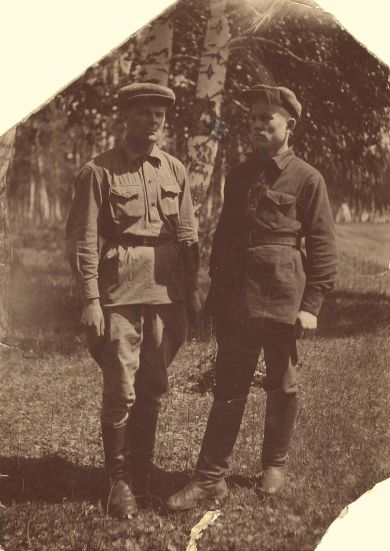 Подрезенко Александр Евсеевич (слева)
