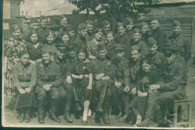 Сабуров Михаил Сергеевич с товарищами