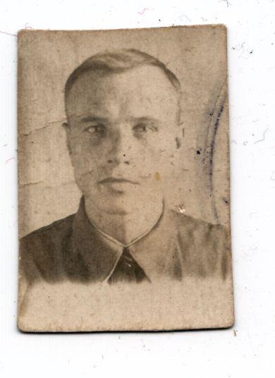 Леонов Захар